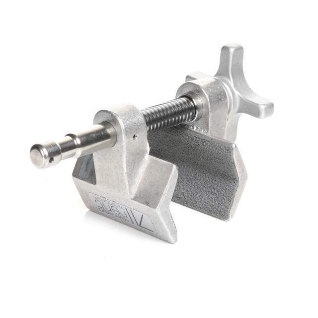 Cardellini clamp center jaw