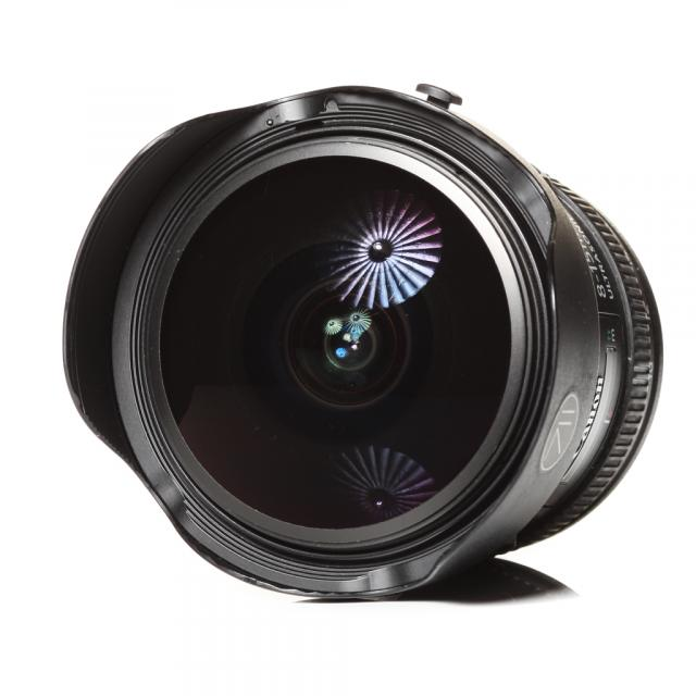 Canon EF 4,0/8-15mm L Fisheye USM