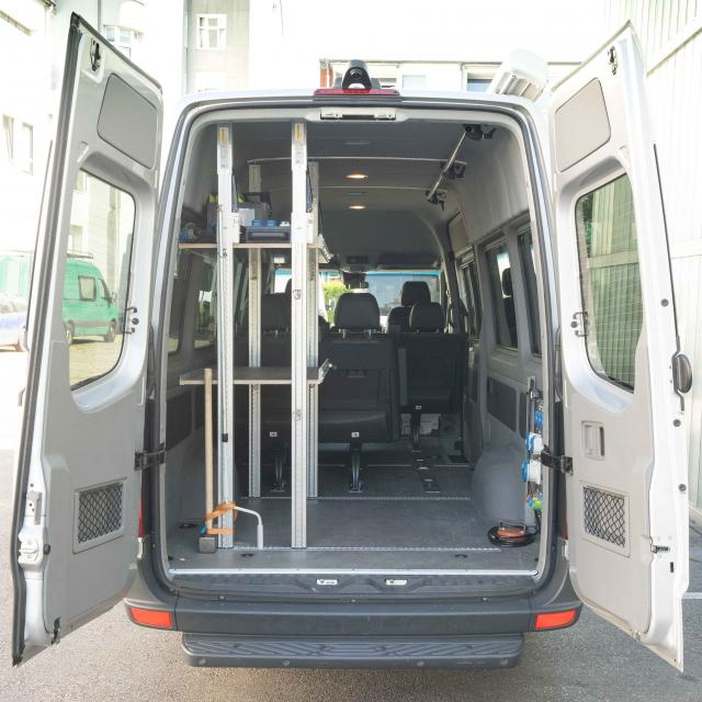 Mercedes Sprinter 9Seater/Monophase Gen. HH-RA 711 (max load 900kg, incl. 200km)