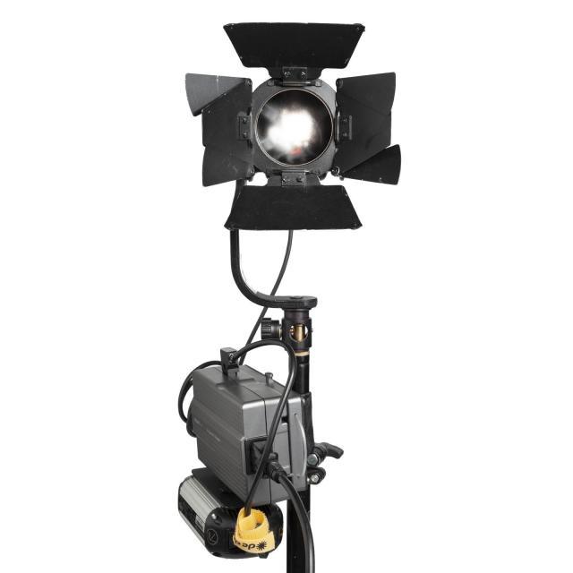 Dedolight DLED4-BI Bicolor Cabeza de luz continua incl. Barndoors