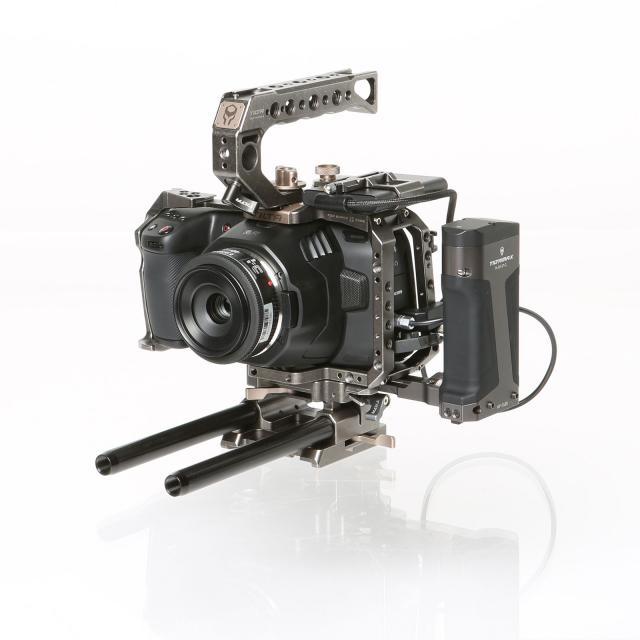 Blackmagic Pocket Cinema Camera 6K Set with Cage (EF-Mount)